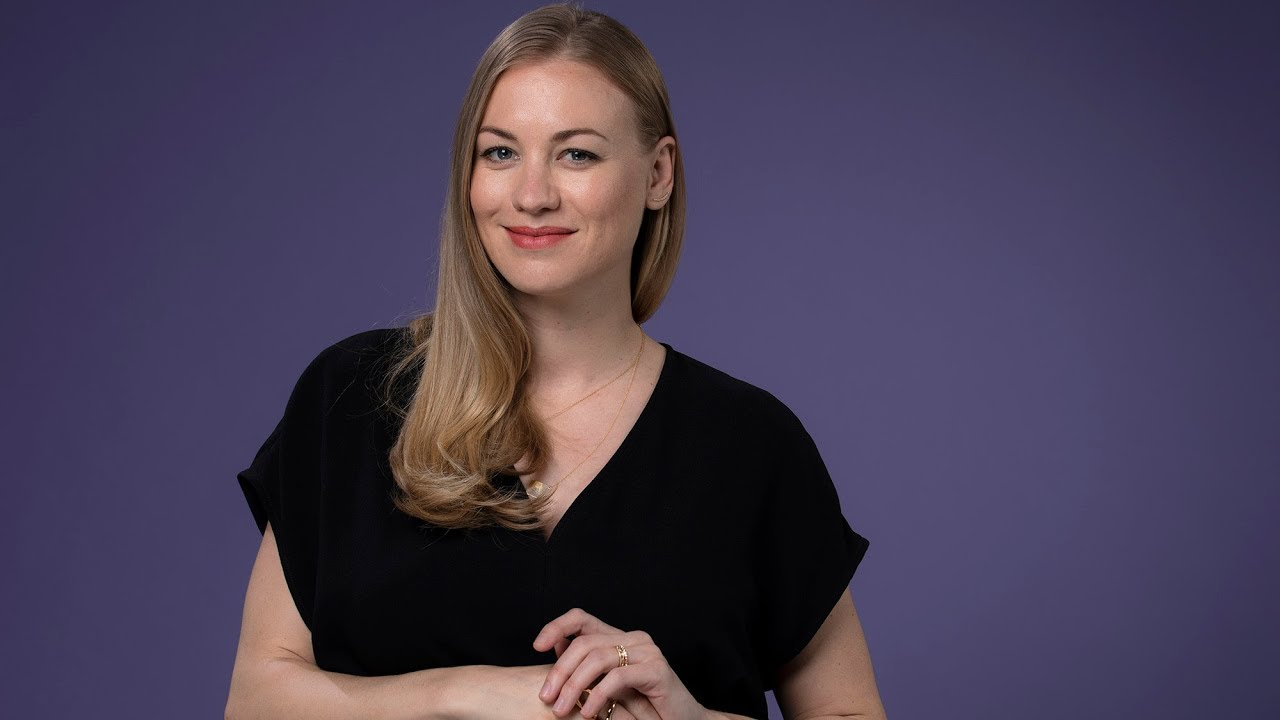 Yvonne Strahovski sees the cracks starting to form for Serena in 'The Handmaid's Tale'