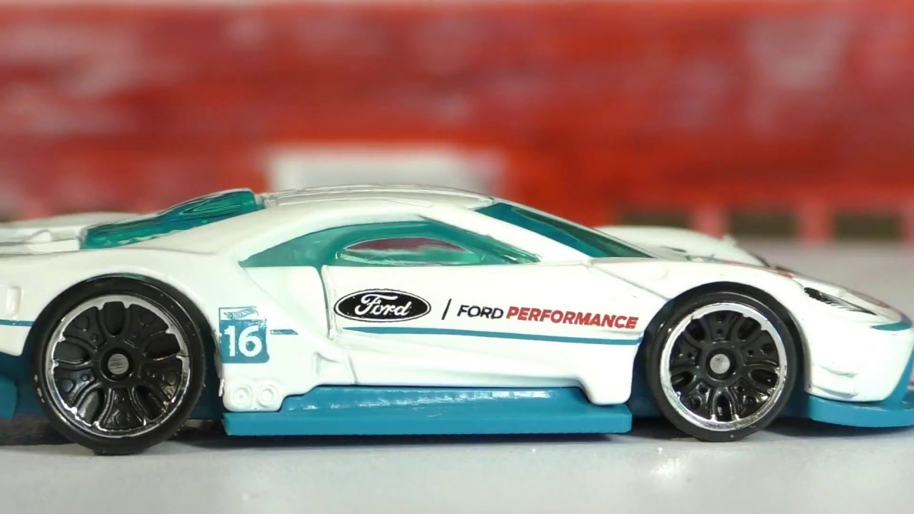 Hot Wheels L Case   Ford Gt Race New Model