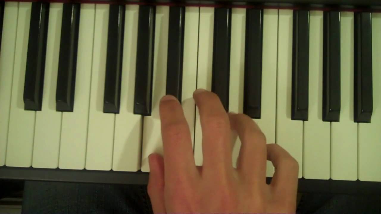 How to play an asus4 chord on piano youtube hexwebz Image collections