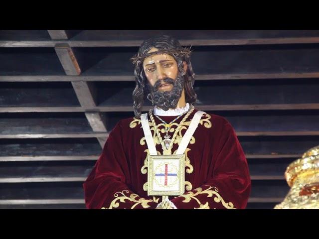 Salida del Cristo de Medinaceli desde la Parroquia de San Isidro