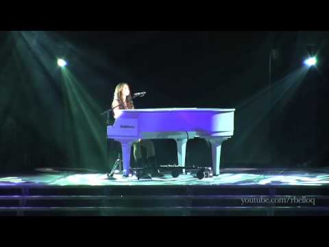 Miley Cyrus - When I Look At You - Live in Portland, OR (Wonder World Tour 2009)