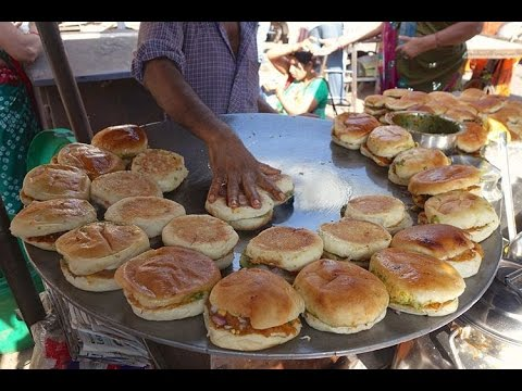 SUPER FAST Cooking Skills | FASTEST DABELI MAKER | Kacchi Dabeli - Indian Street Food