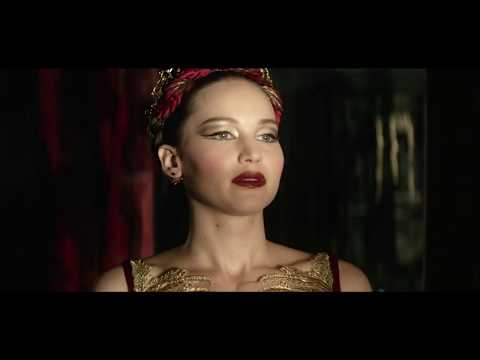 思わず見惚れる!ジェニファー・ローレンスが映画『レッド・スパロー』ヨーロッパプレミアでその美しさを魅せ付ける…!!