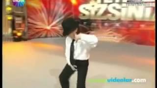 Турция, пародия на Майкла Джексона