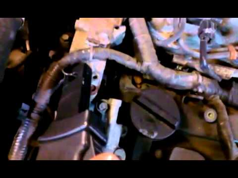 04-09 Nissan Quest Spark plugs Replacement - intake rem ...