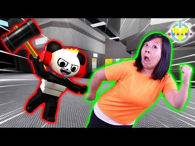 COMBO IS THE BEAST in ROBLOX Flee the Facility ! Let's Play against Ryan's Mommy
