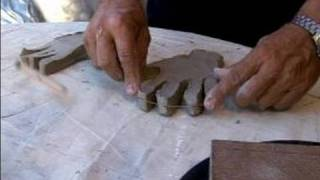 Video How to Make a Sculpture of Human Hands : Sculpting the Basic Shape of a Clay Hand Sculpture download MP3, 3GP, MP4, WEBM, AVI, FLV Maret 2018