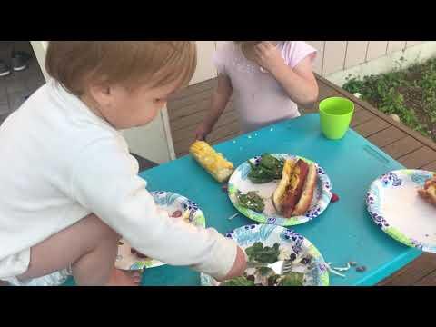 The Ace & TJ Show - OMG: Kid Has Evil Laugh When He Eats