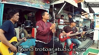 Batujajar Trotoar Studio Show Part 2 - Keep Rock N Roll