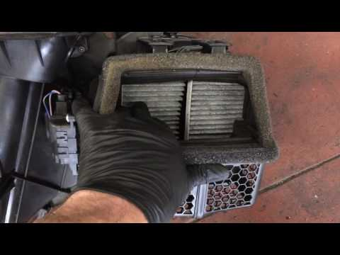 How To Replace A Blend Door Actuator On A 2010 Dodge Ra