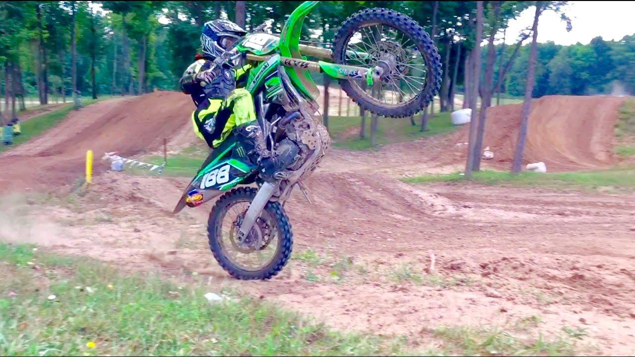 Dirt Bikes Videos >> Insane Dirt Bike Jumps