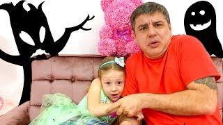 Nastya y papá están teniendo pesadillas y por eso ellos tienen miedo