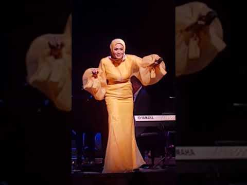 Getaran Cinta Di Jiwa - Liza Hanim Live at Esplanade Concert Hall Singapore