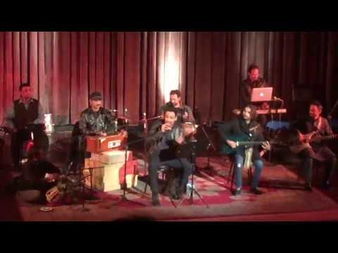 Aaj Bazar Mein by Faiz Ahmed Faiz - Ali Sethi Live