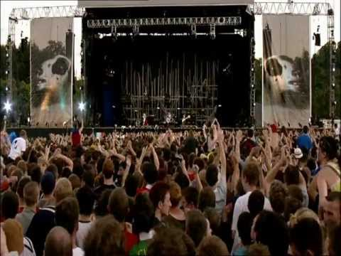 Red Hot Chili Peppers - Live at Slane Castle [HD]