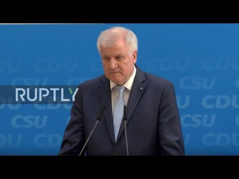 Germany: Migration crisis 'shouldn't be repeated' - CSU's Seehofer at Merkel manifesto launch