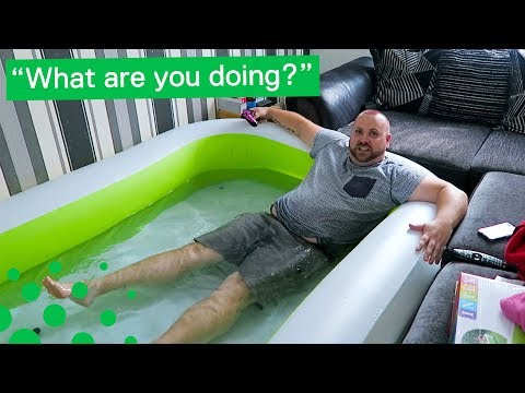 Man Sets up Paddling Pool in Living Room during Heatwave