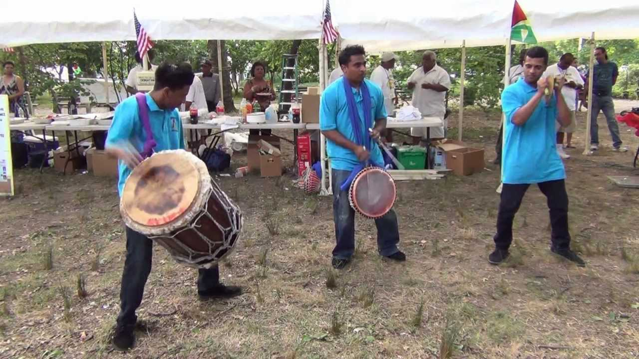2013By Hampshire Boodoosingh The Reunionjuly Jonfromqueens At Guyana Tassa Group 9IEDH2