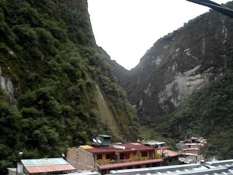 Radio Sonlatina Machupichu Cusco PERU 93.7 fm la primera radio de Machupicchu