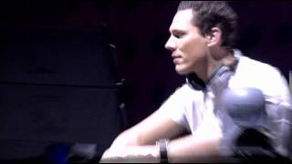 Tiesto playing First State - Sierra Nevada & Airbase - Medusa