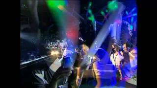 Liveshow Dấu Ấn Thanh Thảo: Thanh Thảo nhảy Gentleman và biểu diễn trống nước cùng Dương Triệu Vũ