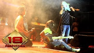 Ungu - Seperti Yang Dulu (Live Konser Bontang Kaltim 12 Juli 2006)