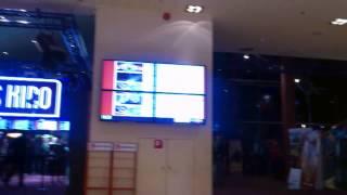 Tallinn public Tv's prank with Galaxy S4