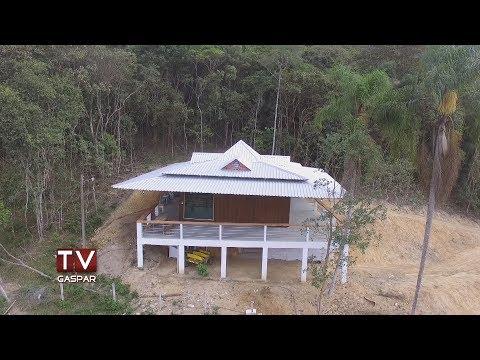 Casa giratória é construída no bairro Gasparinho