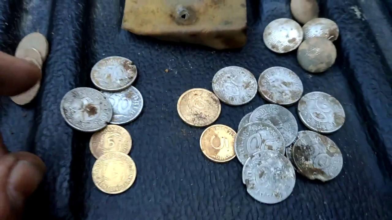 Монеты так и пЁрли/мини клад/коп по войне/ww2 metal detectin.