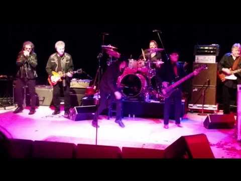 Band - Ain't Nothin' But a House Party @ Westbury Music Fair 12-16-2014
