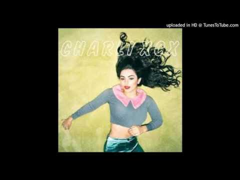 Charli XCX - Reflecting (Demo)