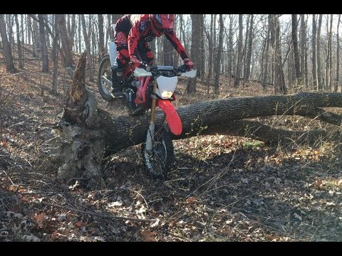 Enduro exercise: Skidplate technique on CRF250X
