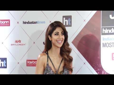 Shilpa Shetty Look Super H0t At Ht Most Stylish Award 2018 thumbnail
