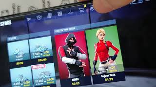 Iconic skin fortnite (WALMART)