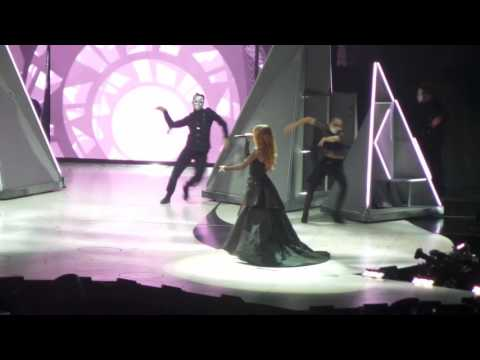 Selena Gomez- Opening Revival/Same Old Love Revival Tour Brooklyn, New York HD