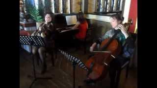 """Trio Bella Musica: Holzschuhtanz aus """"Zar und Zimmermann"""" (Albert Lortzing)"""