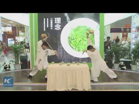Watch how Chinese tea masters combine dance, martial arts and zen to pour tea