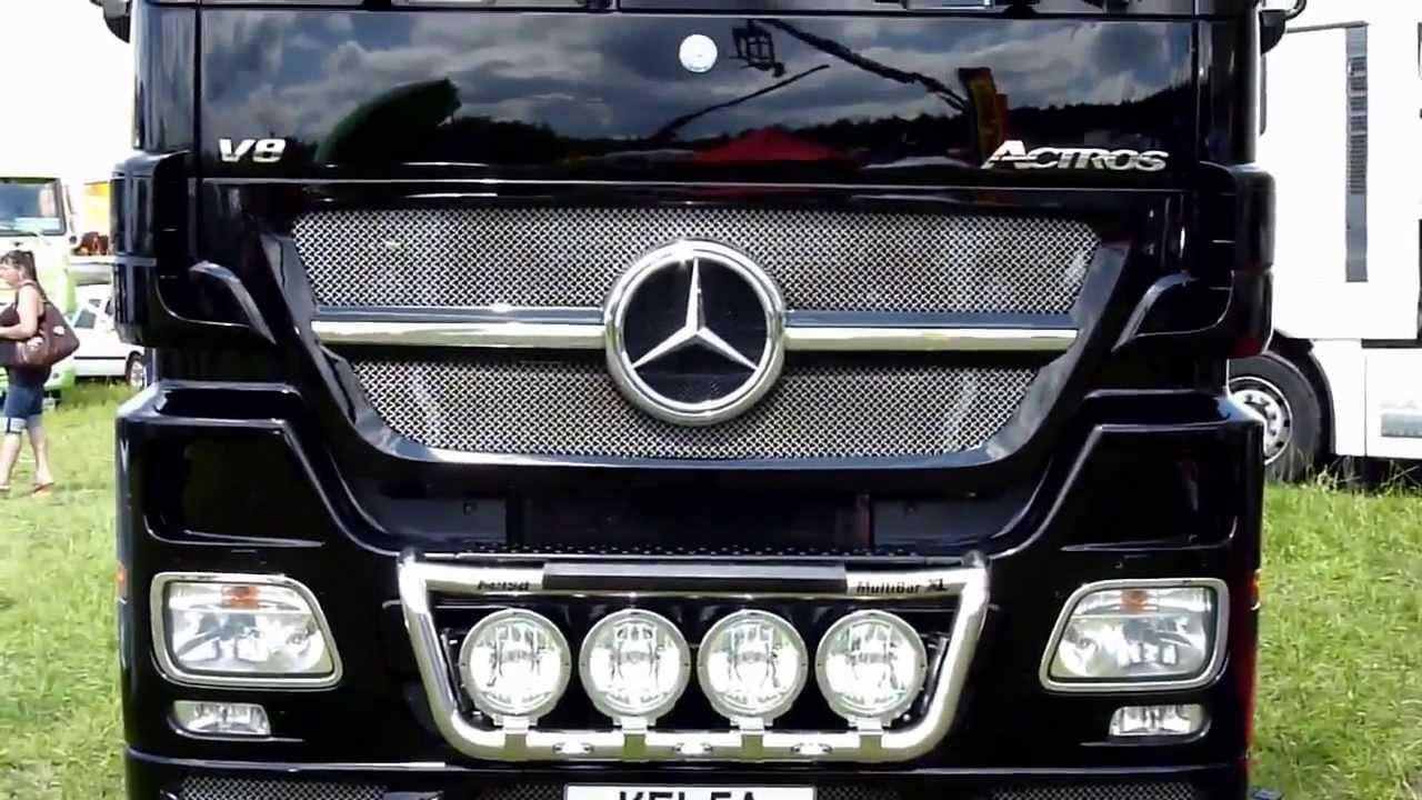 Mercedes Actros 1861 Black Edition