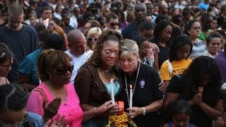 Aurora residents remember shooting victims