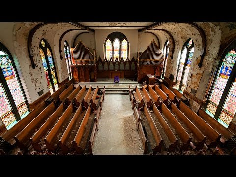 Exploring An Abandoned Religious School - Beautiful Victorian Architecture
