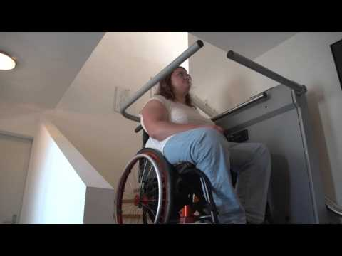operation-of-the-hiro-320-inclined-wheelchair-lift-for-curved-staircases