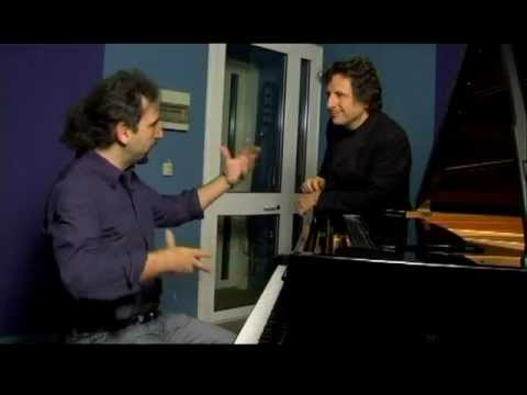Stefano Bollani - Massimo Nunzi. La pronuncia jazzistica, il pianoforte.mpg