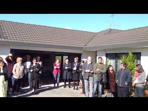 Real Estate Auckland | House Auction | 11.07.15
