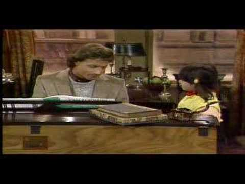 Andy Gibb sings on Punky Brewster