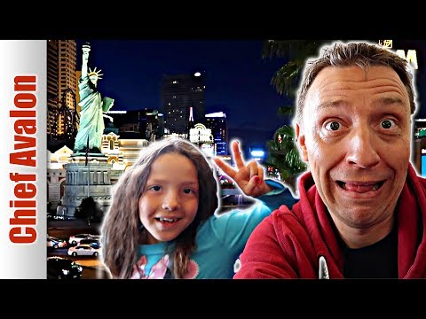 LET'S GET THIS STARTED - LAS VEGAS! | TRAVEL THE WESTERN USA ROAD TRIP 2017
