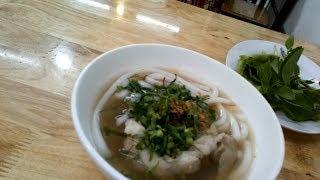 Thử Ăn Bánh Canh Việt Cần Thơ Và Cái Kết Bất Ngờ | TDT Vlogs