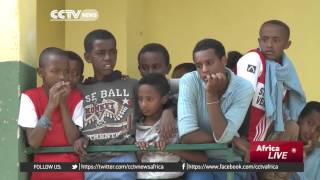 CCTV - Chinese Company Donates ICT Equipment To Primary School In Ethiopia  ቻይና ለአንደኛ ደረጃ ት/ቤቶች የኮምፒ