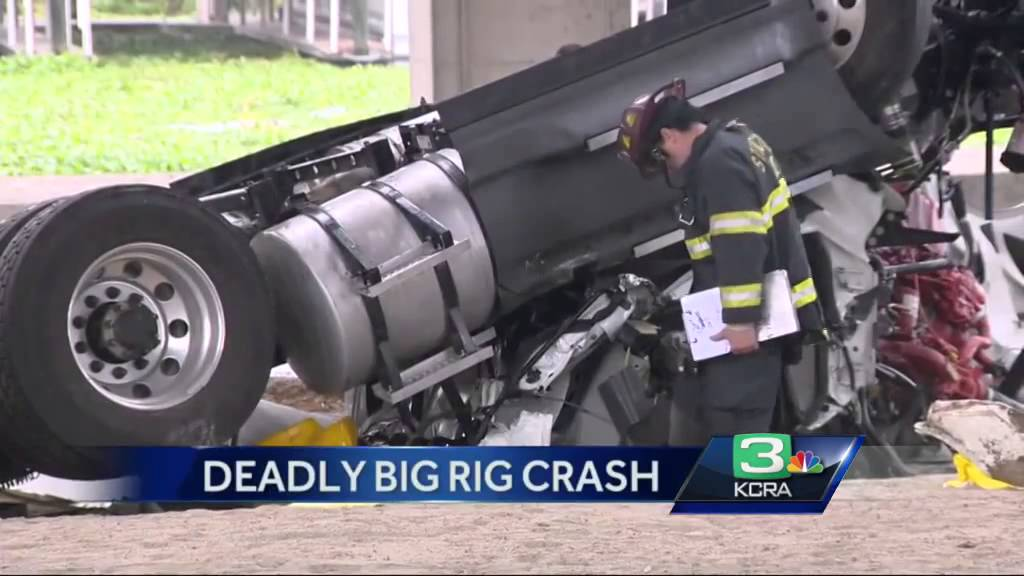 Driver killed in Stockton big rig crash