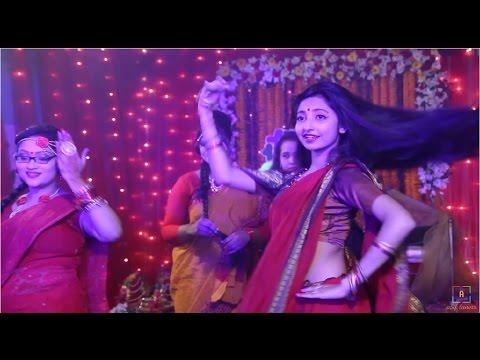 Exquisite Dance Performance of Tumpar Gaye Holud