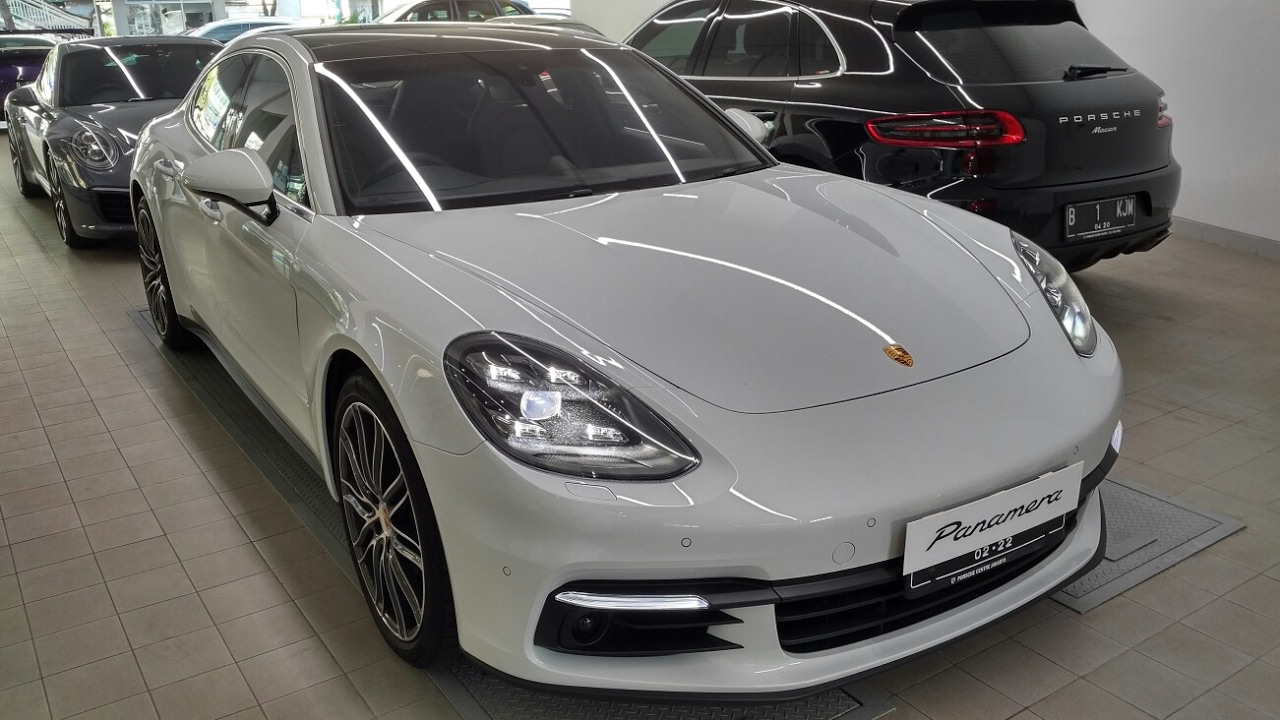 In Depth Tour Porsche Panamera 4S  Indonesia  YouTube